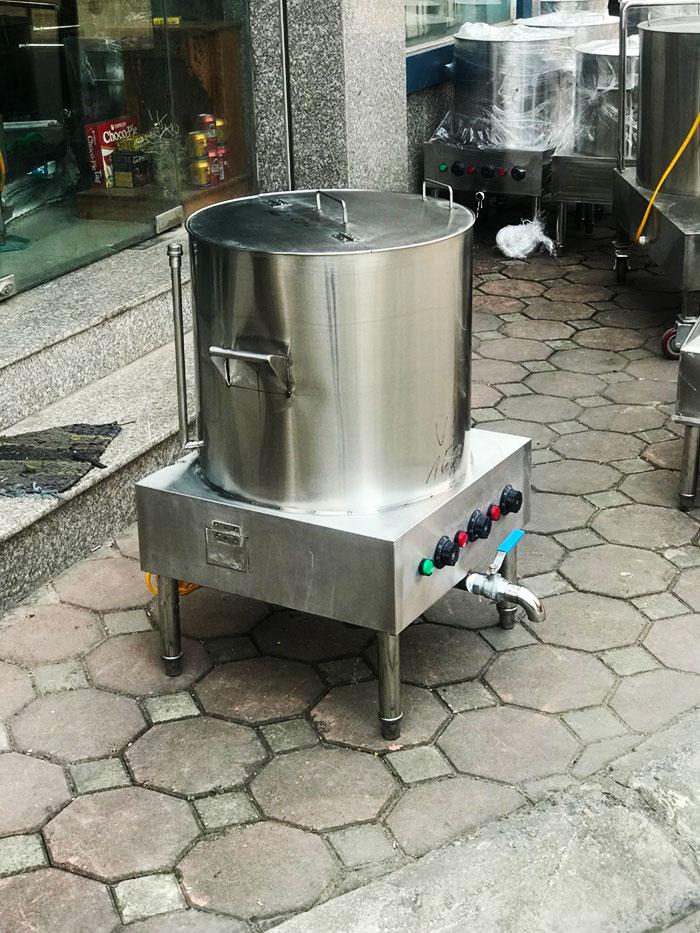 Nồi nấu nước lèo bằng điện tự động giá tốt nhất thị trường1